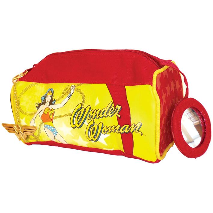 to knitrende Wonder Woman pornostjerne