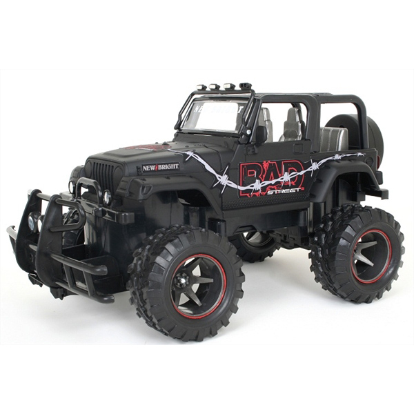 New Bright 1:15 R/C Bad Street Jeep Wrangler