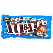 M&M Pretzel Chocolate