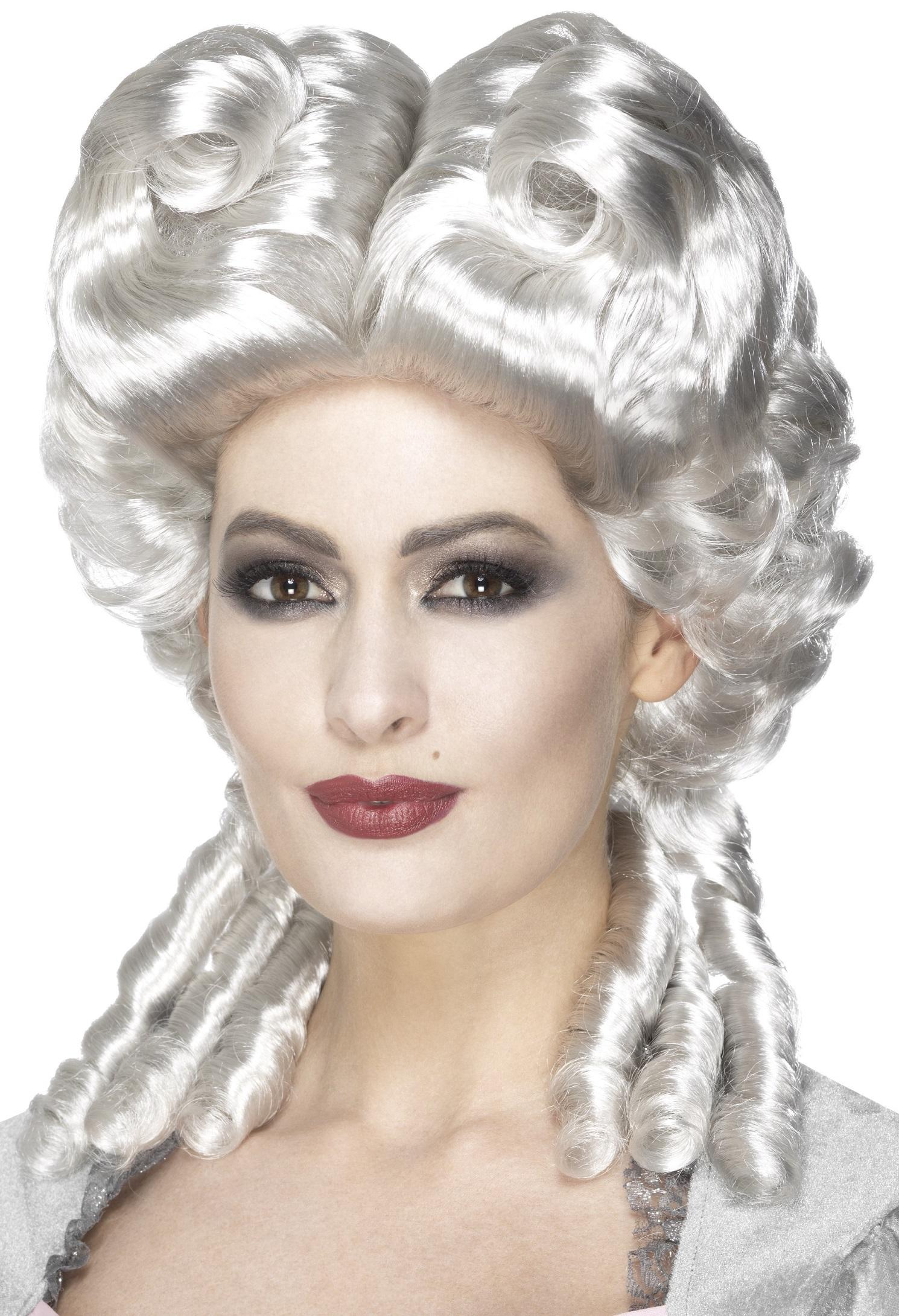 Marie Antoinette Peruk