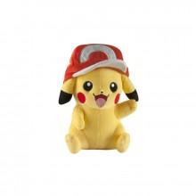 Pokemon mjukisdjur Pikachu med keps 25 cm