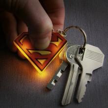 Superman Lysande Nyckelring